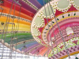 816552_merry-go-round_1